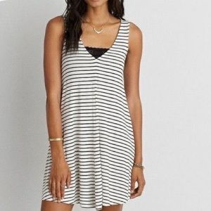 AMERICAN EAGLE White Black Stripe Soft Sexy Dress